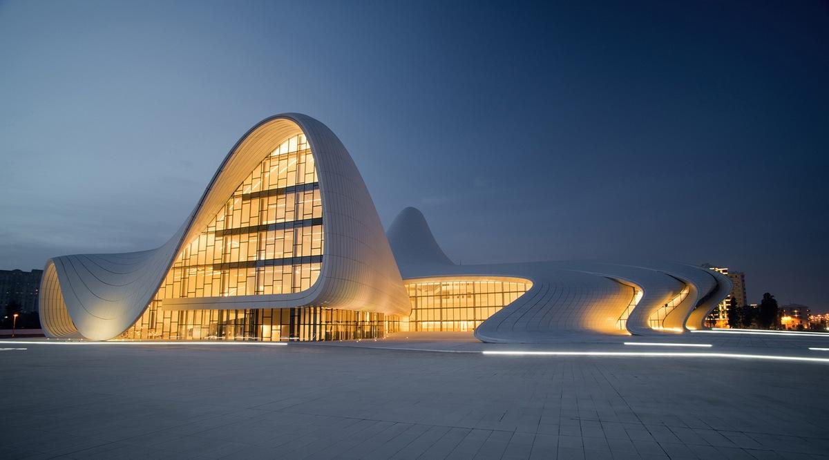 Культурный центр Гейдара Алиева в Баку, Азербайджан