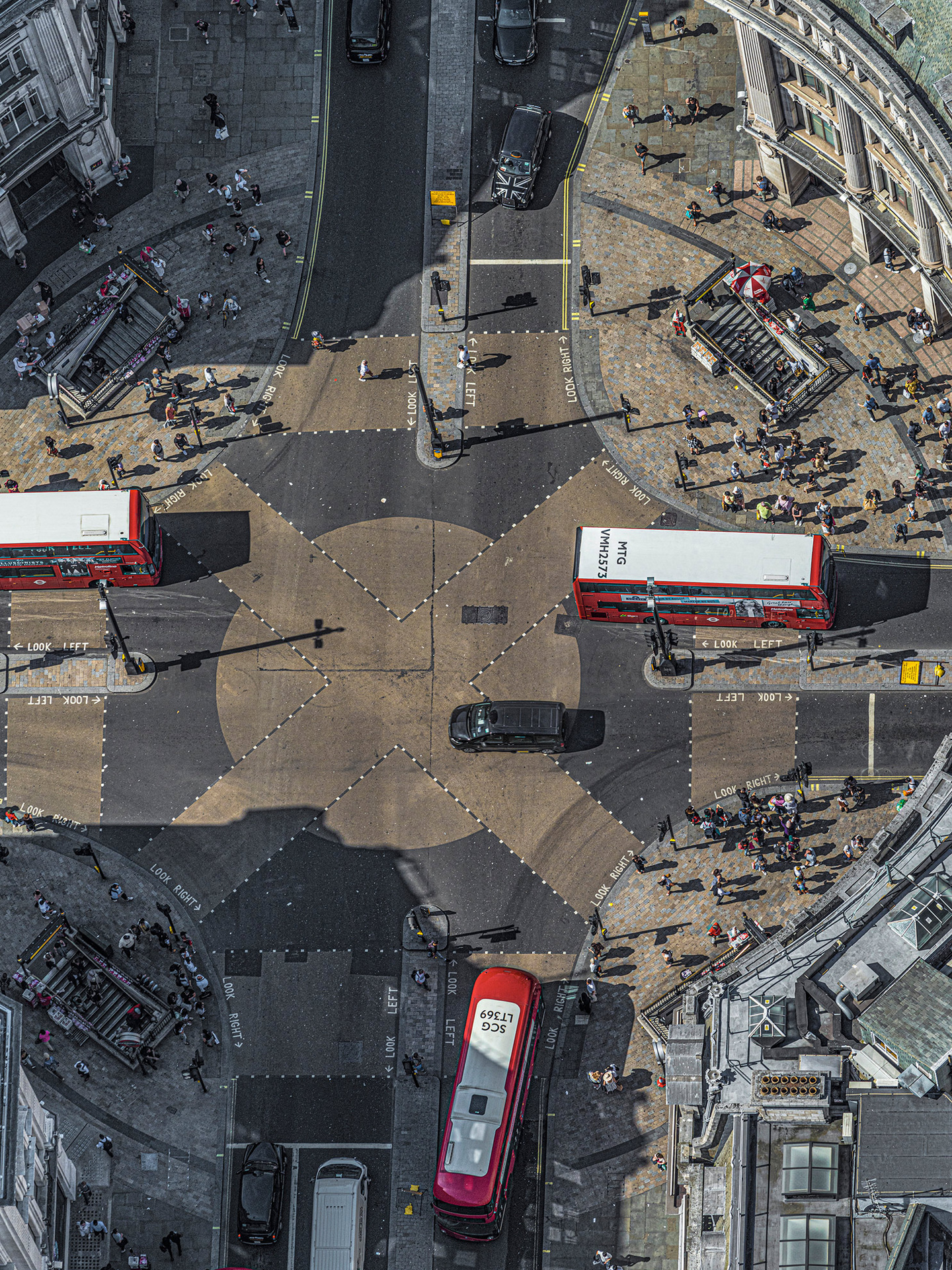 © Bernhard Lang. Aerial Views: London. 2019. OXFORD-CIRCUS