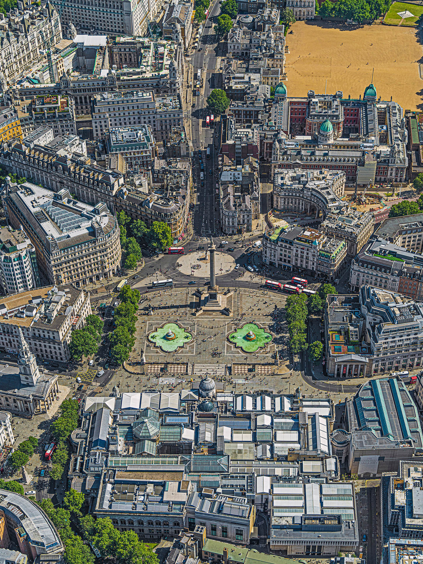 © Bernhard Lang. Aerial Views: London. 2019. TRAFALGER-SQUARE