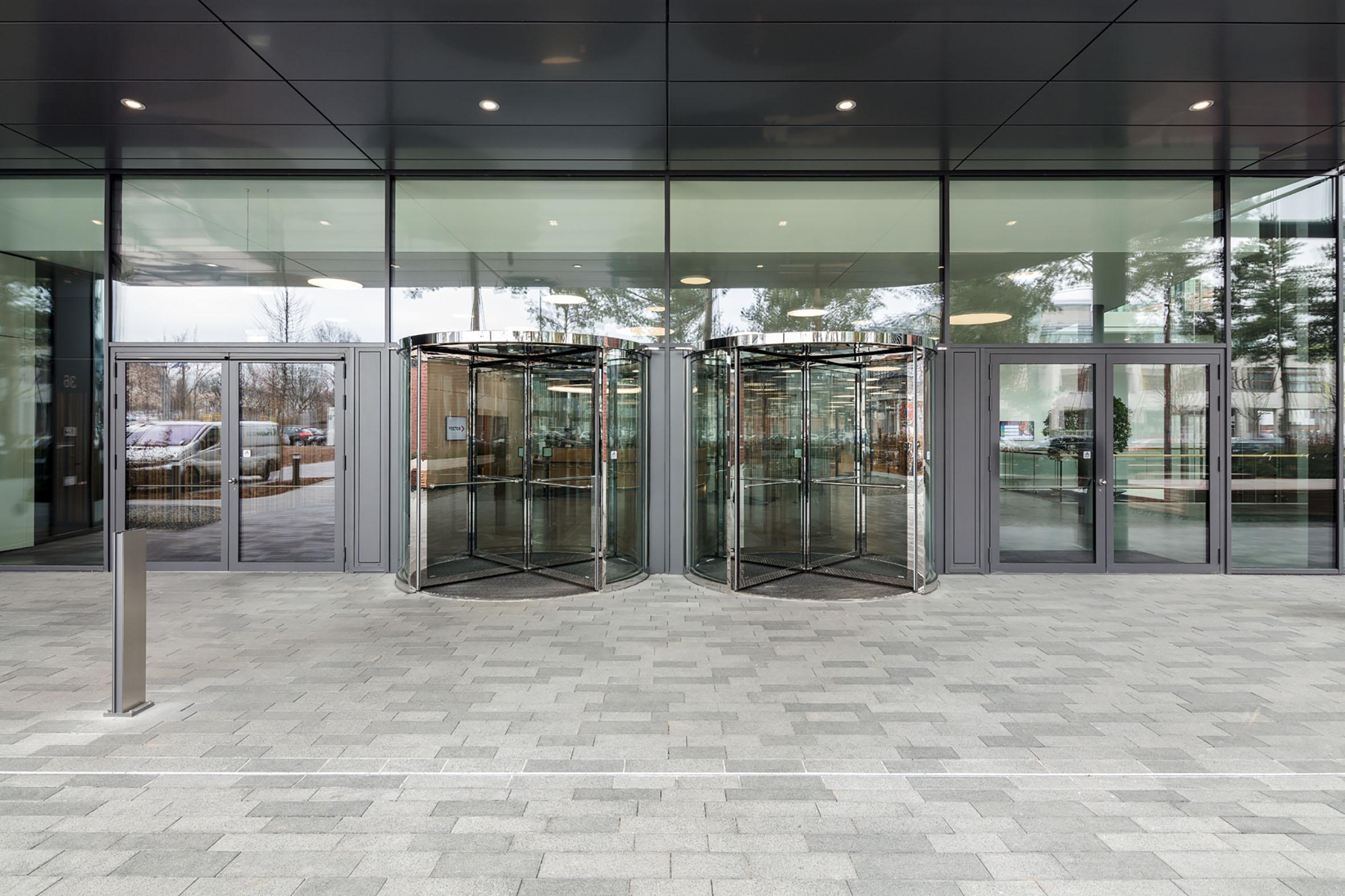 GEZE Vector Gebäude Karussell-u-Dreht
