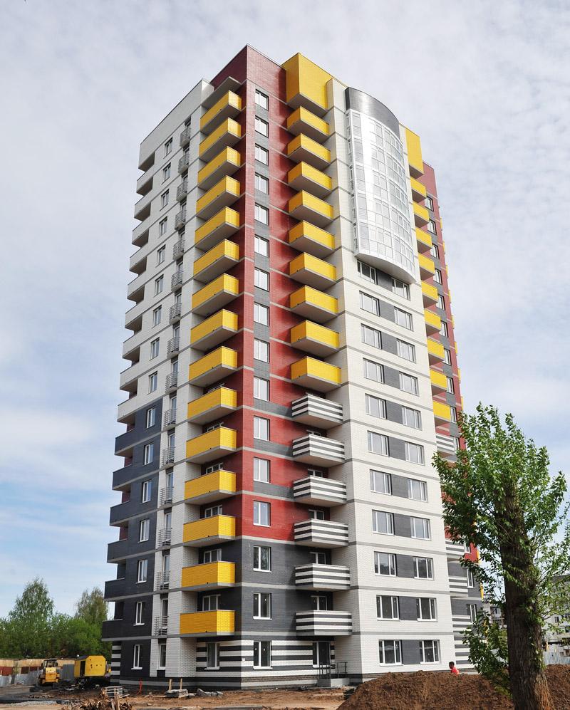 Фасады высотных домов фото