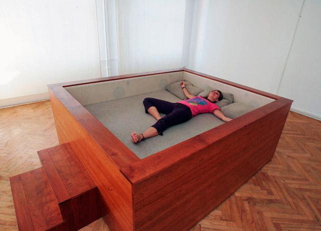 Как сделать кровать необычную