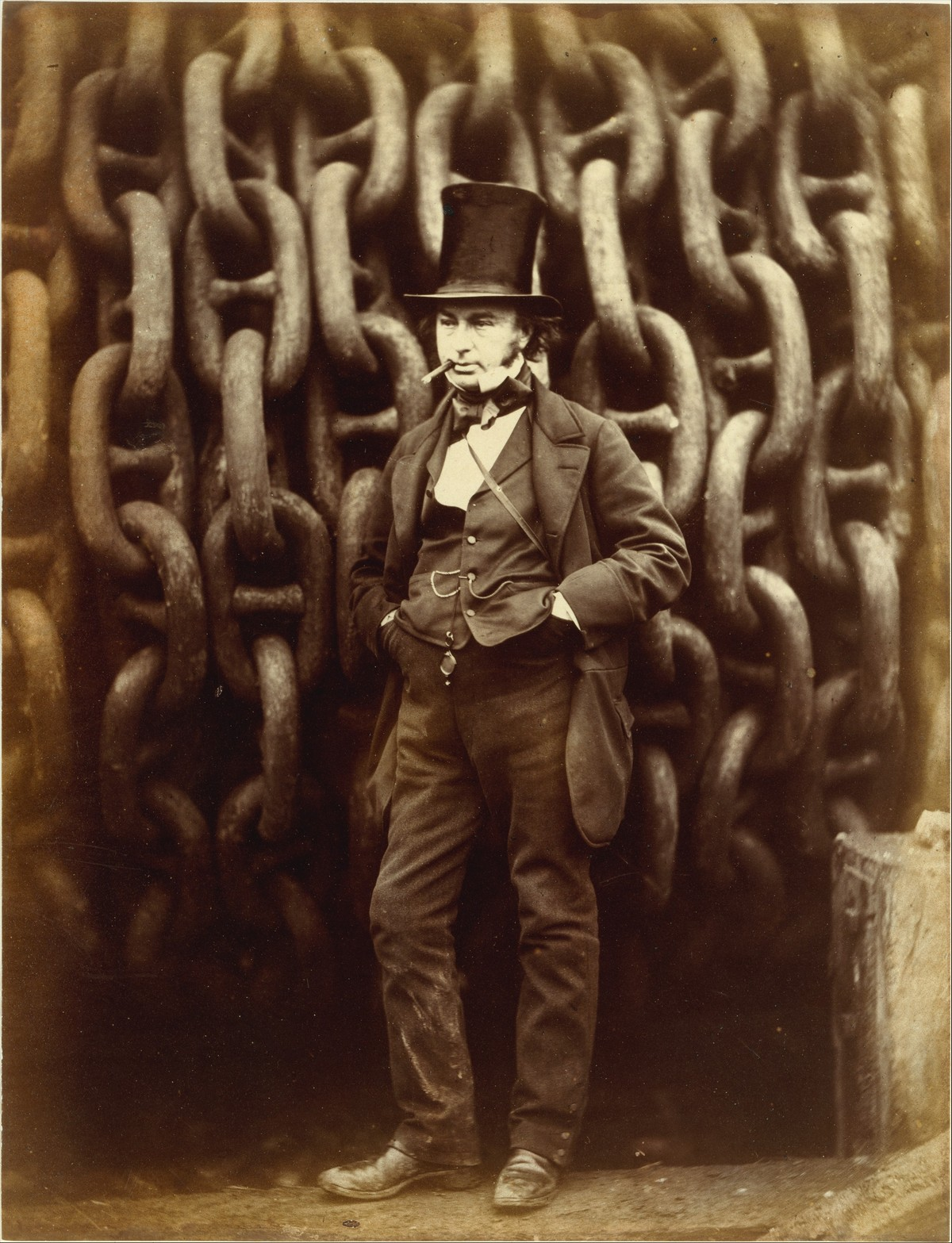 Isambard Kingdom Brunel Standing Before the Launching Chains of the Great Eastern / Robert Howlett / 1857