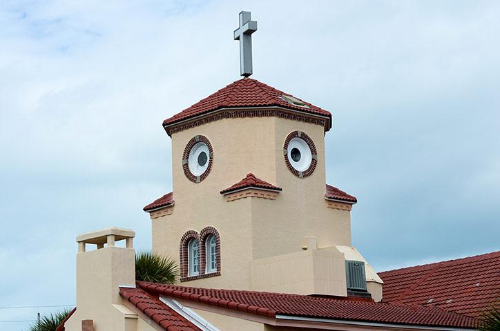 Церковь во Флориде, которая похожа на цыпленка