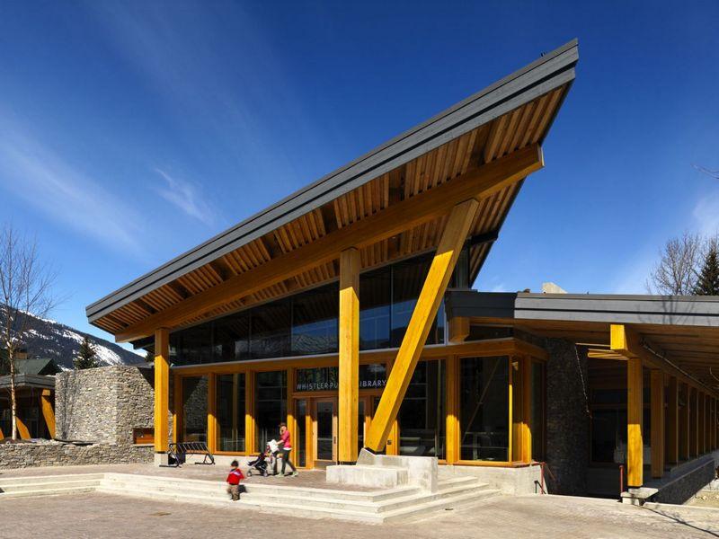 Публичная библиотека Уистлера (Whistler Public Library).