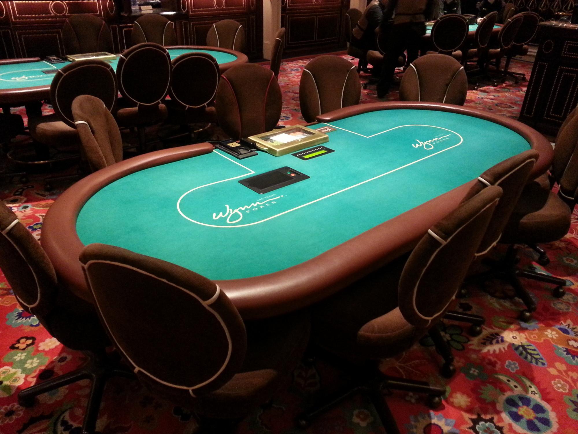 Ткань на столах в казино как разблокировать меню на тюнере голден интерстар
