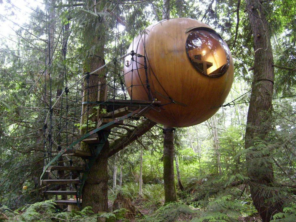 Free Spirit Spheres Treehouse