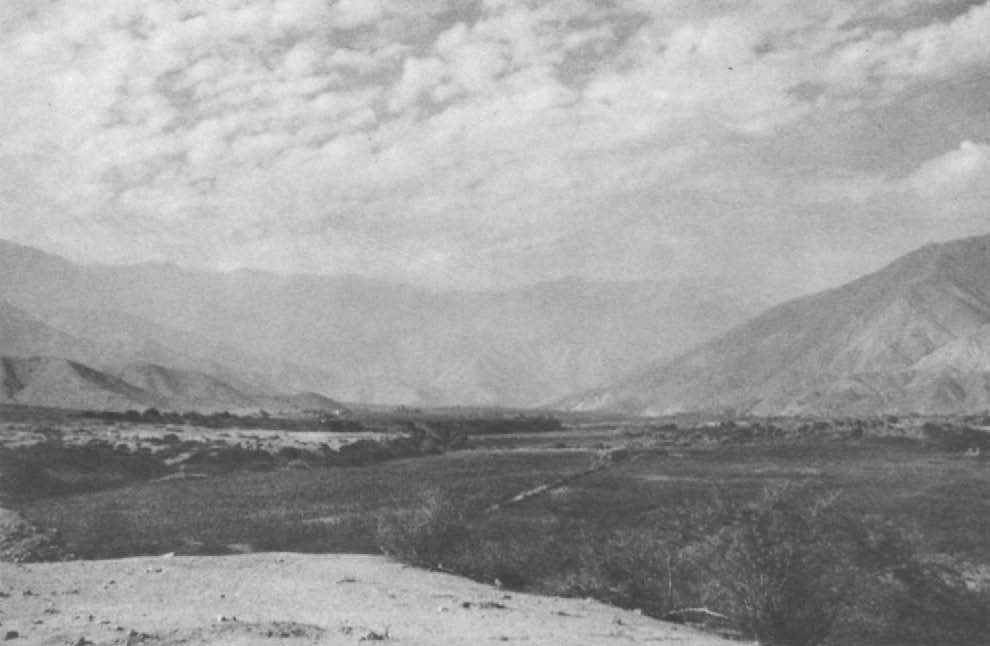 The upper Ica Valley, as it wends its way into the mountains several miles to the northeast of Teojate