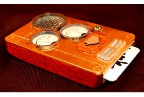 Стимпанковский мобильный телефон фото