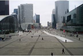 Дефанс как возможный ориентир для развития эспланады Центральной площади Ижевска
