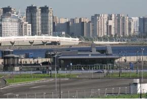 Станции метро «Новокрестовская» и «Беговая» вПетербурге