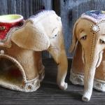 Аромо-слоники. Шамот, фаянс, глина, смальта.