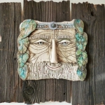 Пан. Шамот, фаянс, глина, смальта, дерево.
