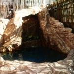 Водопад в частном дворе.