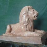 Лев. Парковая скульптура.