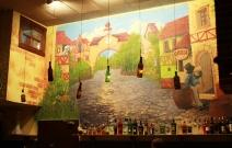 Роспись стен в кафе.