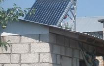 Вакуумный солнечный коллектор. Дачный вариант
